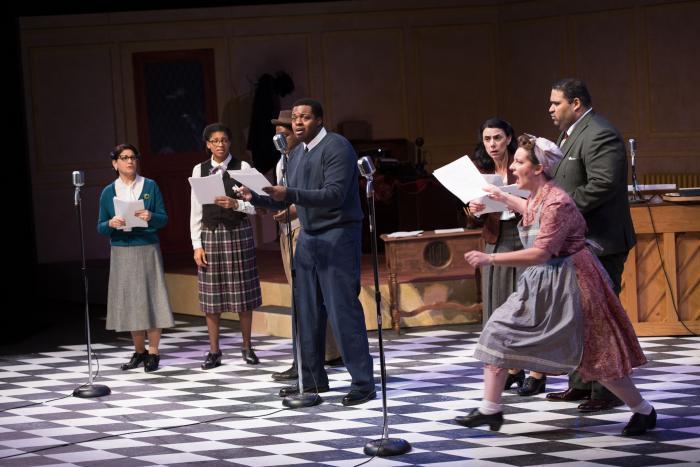 The cast of Metro Theatre Company's IT'S A WONDERFUL LIFE. Photo Credit: Jennifer A. Lin